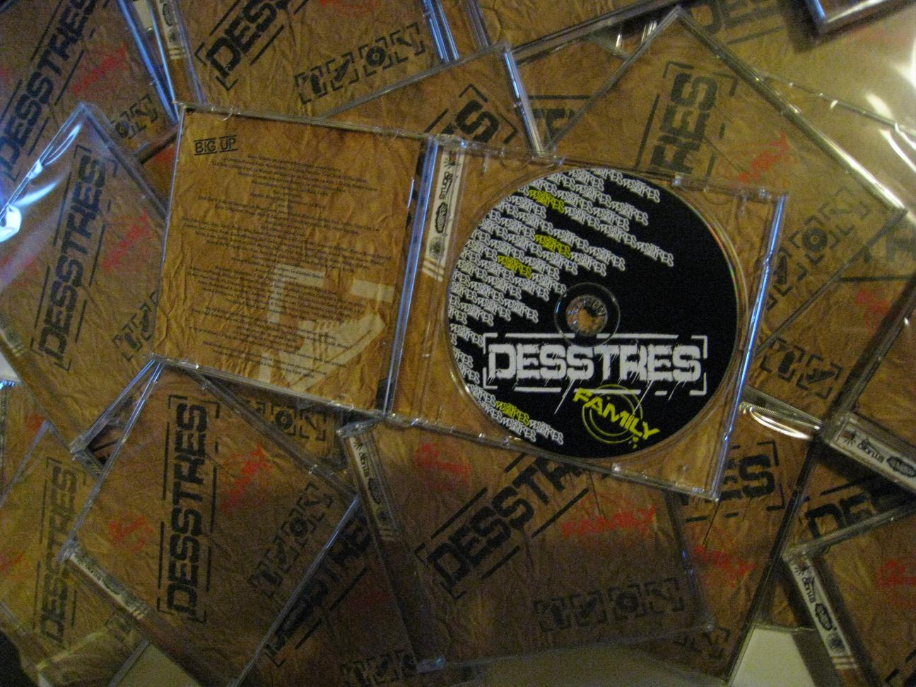 "Album ""Desstres Family"""